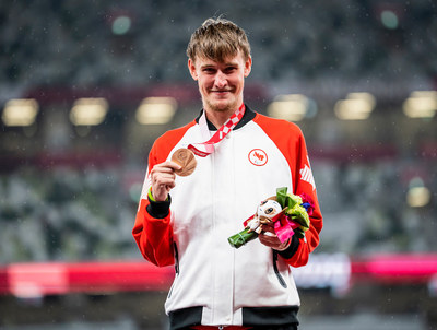 Runner Zachary Gingras has won a bronze medal in his first-ever Paralympic event, the men's T38 400m. PHOTO: Dave Holland/Canadian Paralympic Committee (CNW Group/Canadian Paralympic Committee (Sponsorships))